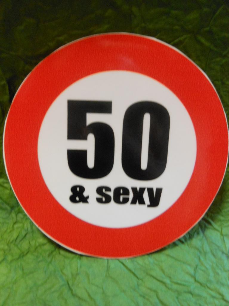 Matrica - Évszámkorlátozó Sexy 50. Dekorkuckó d3961e87a9